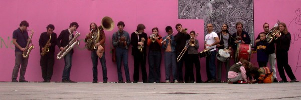 Express_Brass_Band_rosa_wand